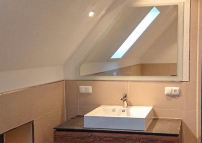 Spiegel Dachschraege