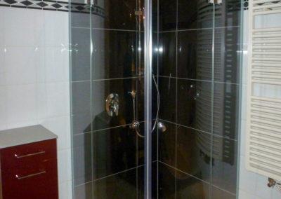 dusche-rundanlage-gekachelt