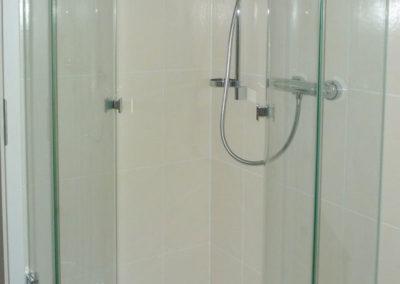 dusche-rundanlage-geoeffnet